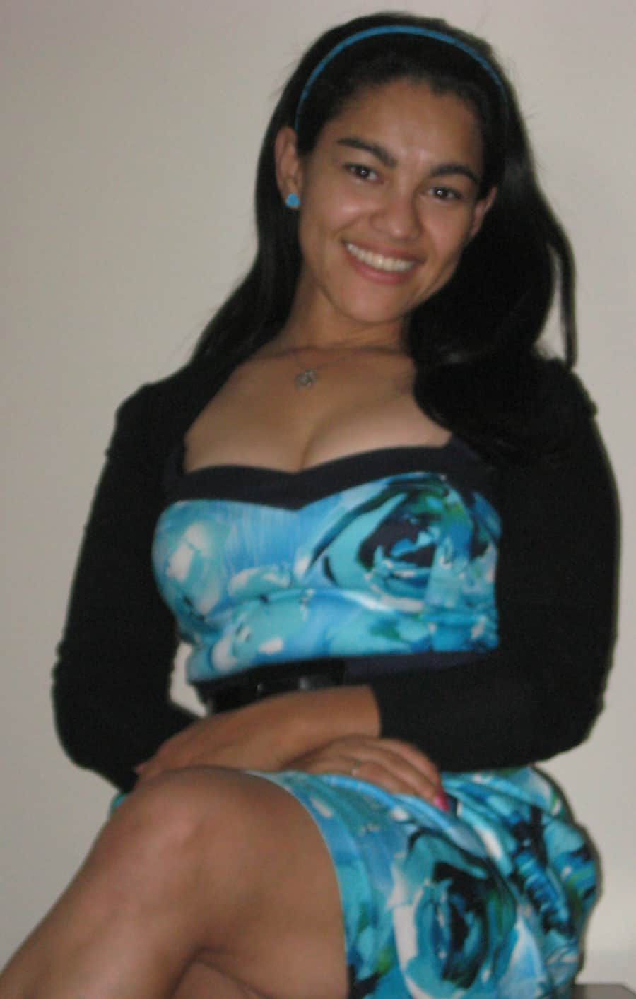 Elayna Fernandez - Positive Mom - The Positive Mom