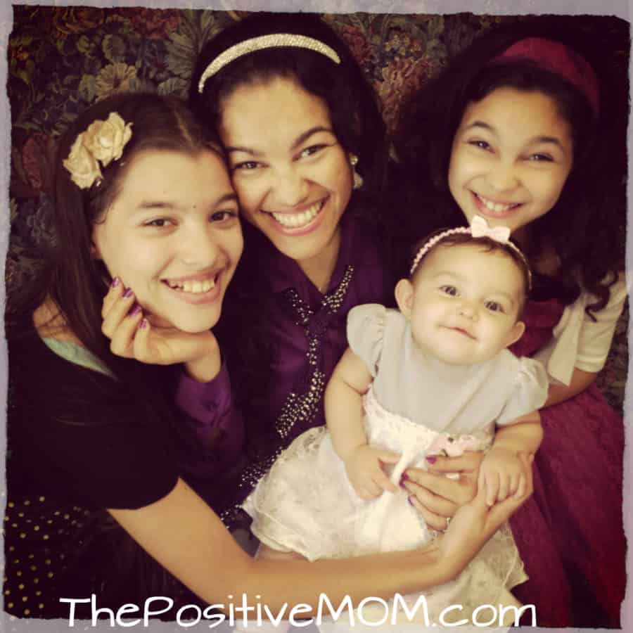 The EF girls - Elayna Fernandez The Positive Mom and daughters Elisha Elyssa Eliana