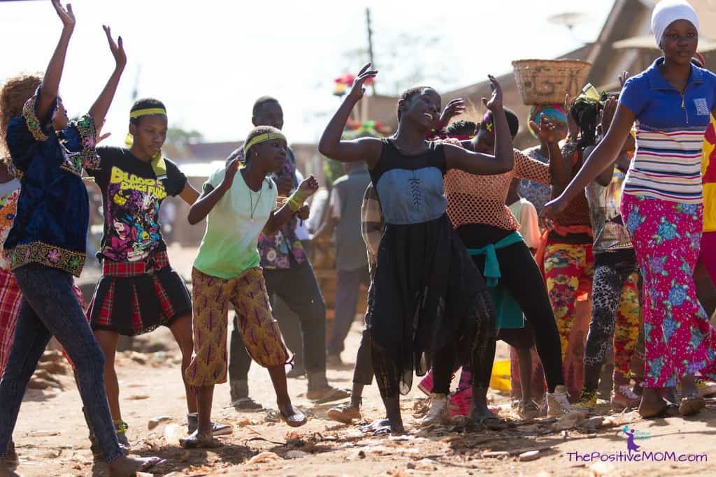 Queen Of Katwe portrays the natural beauty and vibrancy of Ugandan street life.