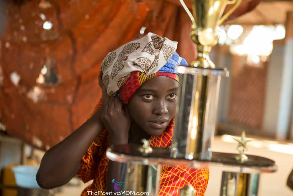 Queen Of Katwe stars Lupita Nyong'o as Nakku Harriet, chess prodigy Phiona Mutesi's mom