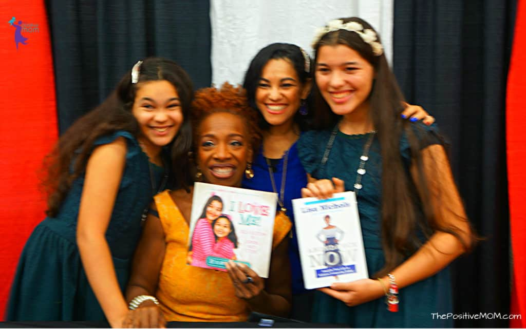 Lisa Nichols and Elayna Fernandez ~ The Positive MOM and Elisha and Elyssa of WhollyART at the Texas Conference for Women in Austin TX