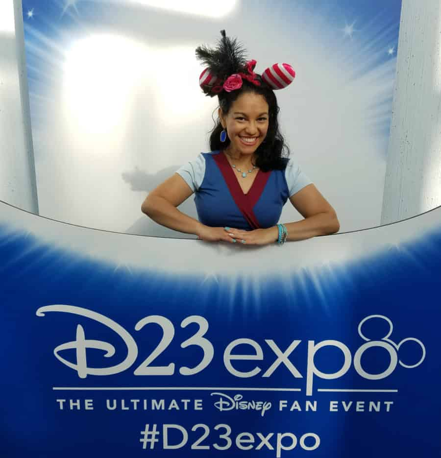 Elayna Fernandez - The Positive MOM - D23 Expo