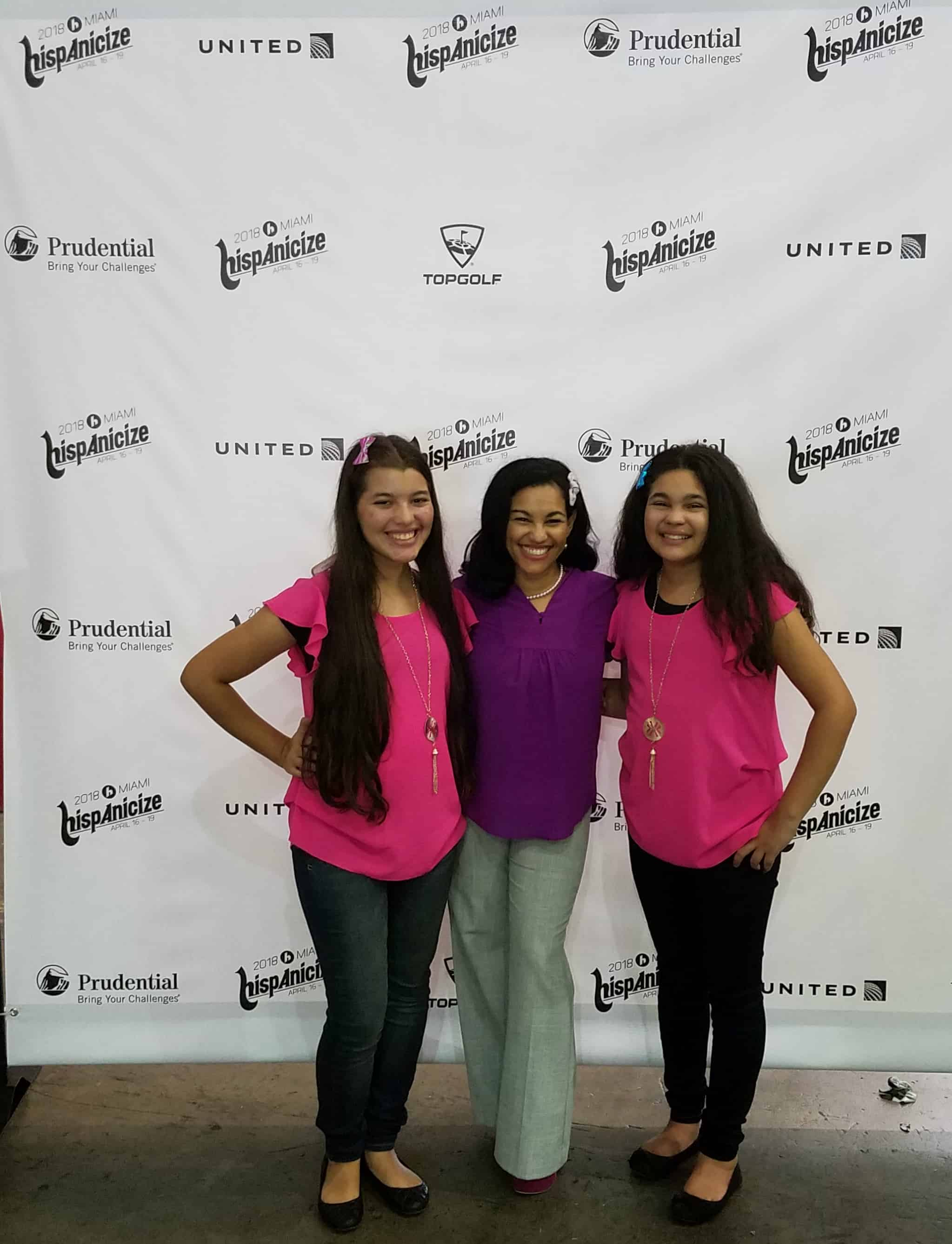 The Positive MOM and her daughters Elisha and Elyssa of WhollyART at Hispanicize Texas in Houston